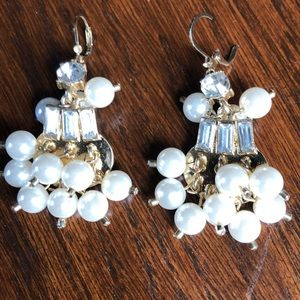Jewelry - Gold crystal and pearl earrings